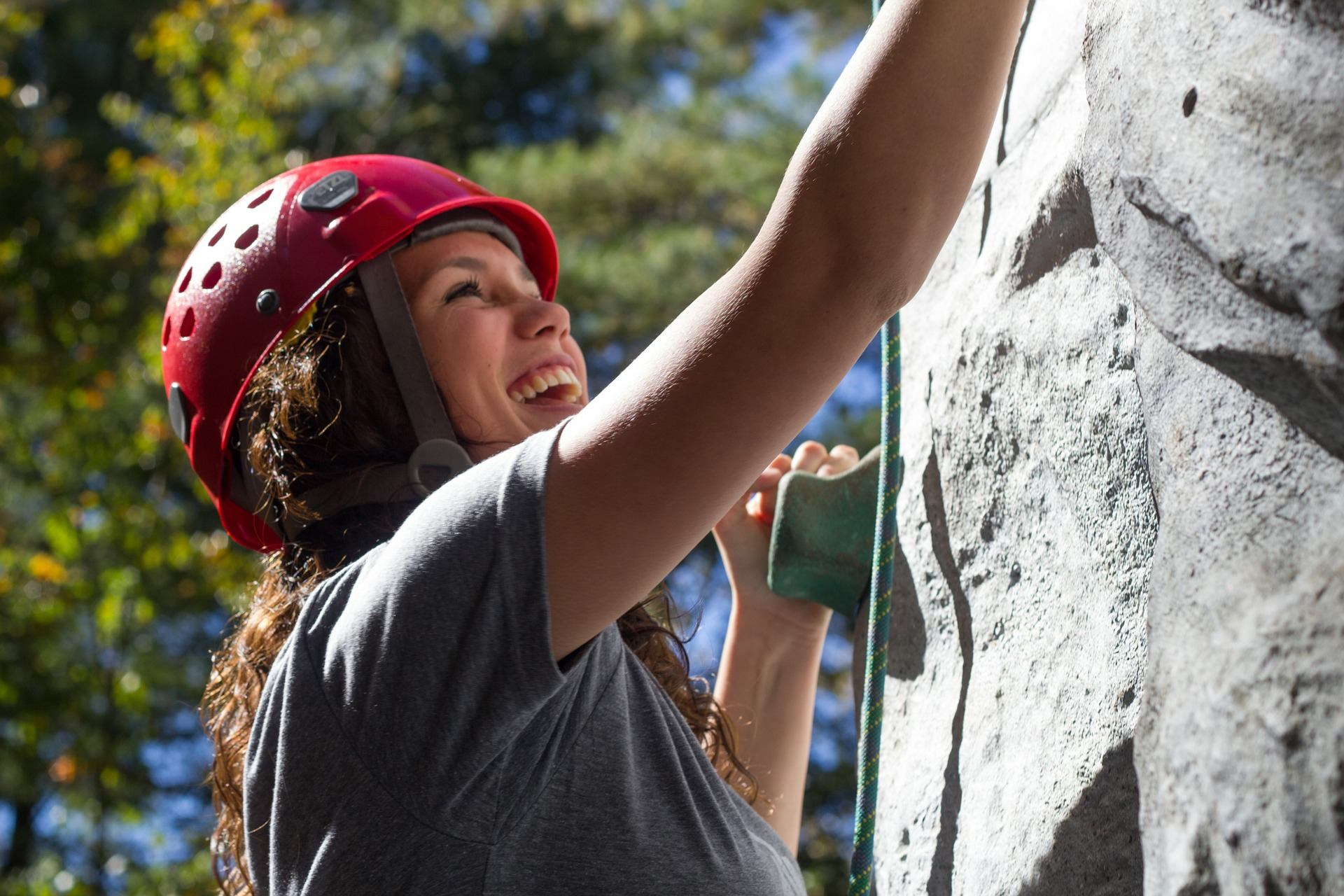 rock climbing women uprising adventures