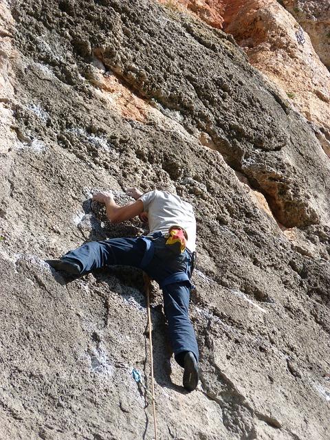 rock climbing companies